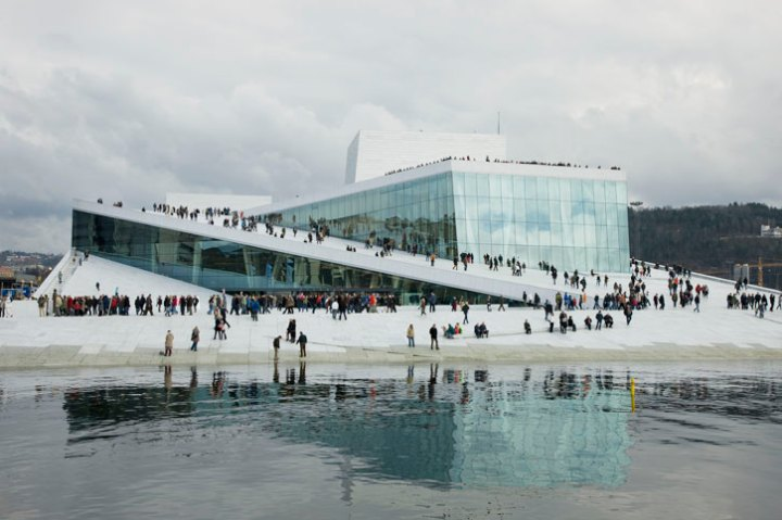 mies_van_der_rohe_award_winner_2009_norwegian_national_opera-ballet_oslo_by_snohetta_photo_jiri_havran