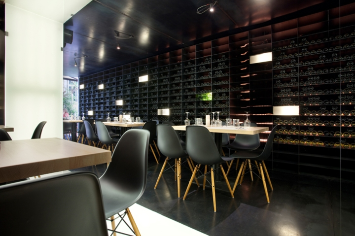 photo © George Fakaros - Image Courtesy of SCALA vinoteca